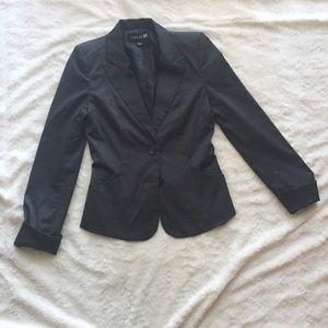 Size 4 Forever21 gray sleek blazer w/ pockets